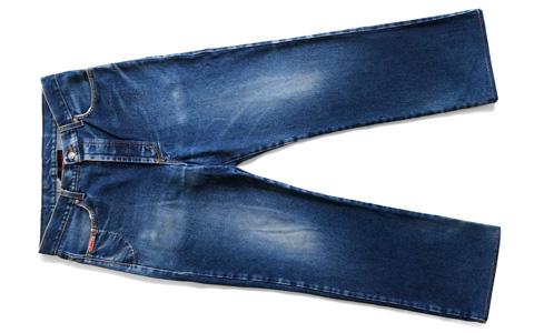 XLARGEのジーンズ
