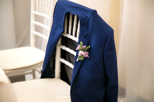 椅子にかけられたジャケット