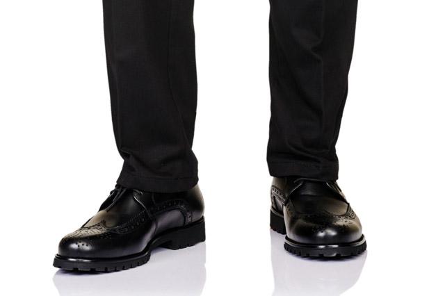 スーツのパンツの裾(シングル)