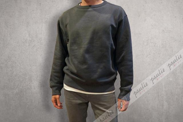 ワイドフィットスウェットシャツの着画-2