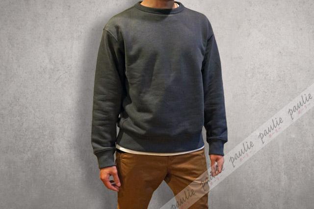 ワイドフィットスウェットシャツの着画-3