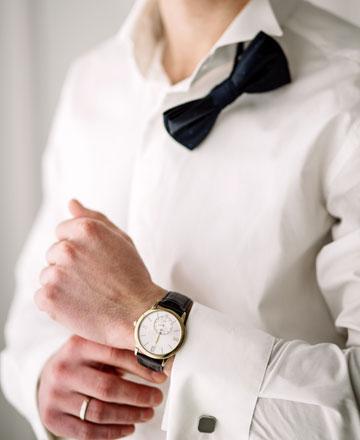 時計をする男性-6